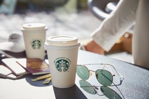 """เนสท์เล่ เปิดตัว """"We Proudly Serve Starbucks™เจาะกลุ่มออฟฟิศ"""
