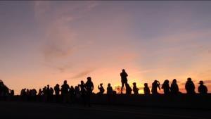 มากันไม่ขาดสาย! คนแห่ขึ้นดอยเที่ยวอินทนนท์ จองที่พักอุทยานฯ เต็มตลอดวันหยุดยาว
