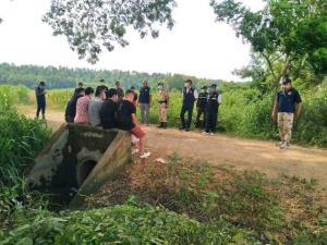 จับอีก 5 หนุ่มจีนหนีโควิด-19 ระบาดพม่า เสี่ยงว่ายน้ำเมยดอดขึ้นฝั่งแม่สอด