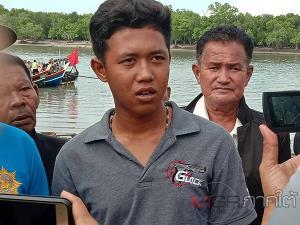 ลูกชายเผยนาทีทางการมาเลเซียใช้เหล็กขว้างใส่พ่อจนจมน้ำหายไปต่อหน้าหลังพุ่งชนใส่เรือ