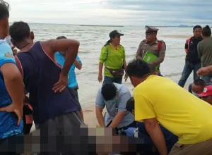 นักท่องเที่ยวจมน้ำทะเลเสียชีวิตขณะลงเล่นน้ำทะเลหาดเจ้าสำราญ