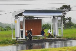 มาดูโฉมใหม่...ศาลาทางหลวงศรีสะเกษเวอร์ชันปรับปรุง ยันบังแดดบังฝนได้จริง ไม่ใช้งบฯ เพิ่ม