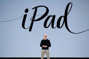 "Apple จัดงานใหญ่ ""Time Flies."" 15 ก.ย. ไร้เงาไอโฟน!?"