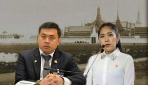 """""""สามารถ"""" สอน """"ช่อ"""" เรียนรู้ประวัติศาสตร์ """"ท้องสนามหลวง"""" เป็นโบราณสถานคนไทยคือเจ้าของร่วมกัน"""