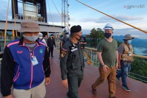ผู้ช่วยทูตมะกันรุดเยี่ยมชมจุดผ่านแดนไทย-มาเลย์ และสกายวอล์กทะเลหมอกอัยเยอร์เวง