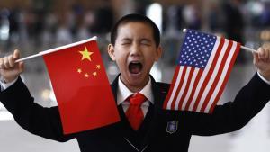 สหรัฐฯกล่าวหาจีนหน้าไหว้หลังหลอกรังแกอาเซียน โวอเมริกันไม่เคยบีบเลือกข้าง