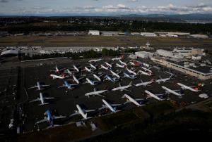 (ภาพจากแฟ้ม) เครื่องบินโบอิ้ง 737 แมกซ์ จอดกันอยู่ในลานจอดที่สนามบินโบอิ้งฟิลด์ ในเมืองซีแอตเทิล รัฐวอชิงตัน สหรัฐฯ เมื่อวันที่ 11 มิ.ย. 2020