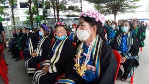 ผู้ว่าฯ ชลบุรีมอบปริญญาชีวิตให้แก่ผู้สูงอายุสำเร็จการศึกษาปี พ.ศ.2563