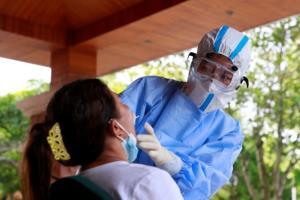 ผู้เชี่ยวชาญห่วงแผนกักตัวของพม่าใกล้ต้านไม่ไหว หลังยอดป่วยโควิดยังทะลักไม่หยุด
