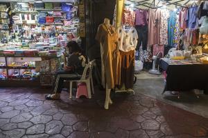 ไร้สัญญาณบวก เศรษฐกิจไทยทรุดต่อเนื่อง