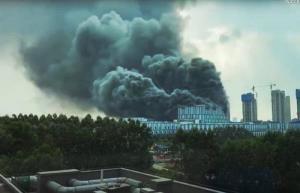ไฟไหม้อาคารหัวเว่ย มีผู้เสียชีวิต 3 ราย