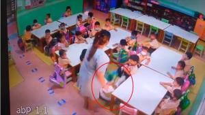 เป็นทั้งโรงเรียน? ครูสาวสารสาสน์วิเทศราชพฤกษ์ กระชากคอเสื้อเด็กนักเรียนล้มทั้งยืน