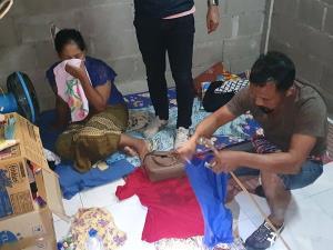 จับแล้วแม่ใจร้าย! ทิ้งทารกที่ป่าตอง ที่แท้เป็นสาวพม่านั่งรถมาจากสุราษฎร์ฯ อ้างไม่มีเงินเลี้ยงดู ถูกสามีทอดทิ้ง