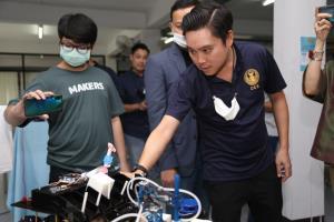 """""""กมธ.ดีอีเอส"""" บุกดูงาน Chiang Mai Maker Club ชูจุดเริ่มต้นการสร้างนวัตกรรมใหม่"""