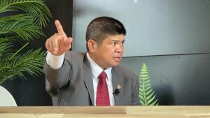 """""""แรมโบ้อีสาน"""" ยินดีกับ กก.บห.ชุดใหม่เพื่อไทย หวังการเมืองจะสร้างสรรค์ ชี้เลิกสนับสนุนม็อบนอกสภาเสียที"""