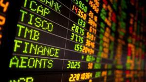 """หุ้นปรับขึ้นตามตลาดต่างประเทศหลัง """"ทรัมป์"""" อาการดีขึ้น"""