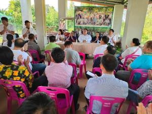 หมู่บ้านเสื้อแดงอีสานพร้อมใจประกาศปกป้องสถาบันฯ ไม่เอาด้วยชุมนุม 14 ต.ค.