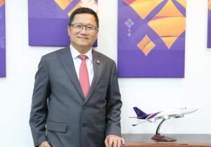 นายชาญศิลป์ ตรีนุชกร กรรมการบริษัท และรักษาการแทนกรรมการผู้อำนวยการใหญ่ บริษัท การบินไทย จำกัด (มหาชน) และประธานกรรมการ บริษัท ไทยสมายล์แอร์เวย์ จำกัด