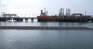 """แห่งแรกในเมืองไทย! """"โซลาร์ชนิดลอยน้ำทะเล"""" นวัตกรรมล้ำ ๆ สร้างพลังงานทางเลือก"""
