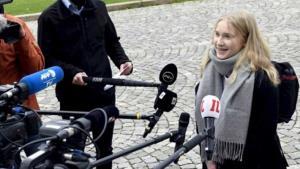 ฮือฮา! นายกรัฐมนตรีฟินแลนด์ยกเก้าอี้ให้เด็กหญิงวัย 16 ขวบ เป็นผู้นำประเทศ 1 วัน