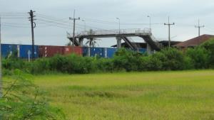 ผวจ.ฉะเชิงเทราสั่งล้อมคอกเหตุรถไฟชนรถชาวบ้าน ประสาน รฟท.ตั้งแผงกั้นทาง ปรับภูมิทัศน์ทางข้าม