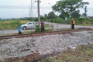 ชาวบ้านคลองแขวงกลั่นไม่กล้าขึ้นรถไฟจุดเกิดโศกนาฏกรรมใหญ่