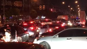 ผลพวงโลกออนไลน์แชร์ภาพบางแสนน้ำใส ทำรถแน่นถนนลงหาดช่วงคืนที่ผ่านมาเหตุคนแห่ดู