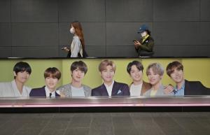 """""""BTS"""" บอยแบนด์ดังเกาหลีใต้โดนชาวจีนสับเละ หลังพูดเรื่องสงครามเกาหลี"""