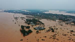 เวียดนามอ่วมหนัก น้ำท่วมทำดับอย่างน้อย 36 คน ดินถล่มโรงไฟฟ้าซ้ำทำสูญหายอีก 30