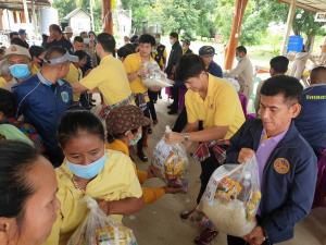 """""""อธิรัฐ"""" ลงพื้นที่ อ.โนนไทย เร่งช่วยเหลือประชาชนจาก """"พายุโนอึล"""""""