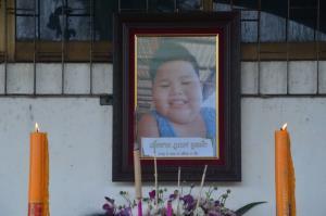 พ่อแท้ๆ เด็กชายวัย 3 ขวบ แจ้งความตำรวจแล้ว ติดใจปมการตายของลูก