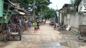 แม่สอดยังระส่ำ! กักตัวคนใกล้ชิด 2 ผัวเมียชาวพม่าติดโควิด-19 อีก 9 ราย ผู้ว่าฯ ประชุมด่วนจ่อคุมพื้นที่