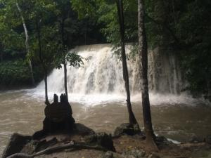 ฝนตกหนักต่อเนื่อง ขณะที่ 2 เขื่อนยักษ์เมืองกาญจน์น้ำยังน้อย หวั่นกระทบภัยแล้งปี 64
