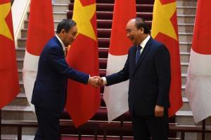 ผู้นำญี่ปุ่น-เวียดนามชื่นมื่น เซ็นข้อตกลงความร่วมมือยกระดับความสัมพันธ์หลากหลายด้าน