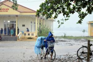 พายุโซเดลพุ่งตรงดิ่งหาเวียดนาม ทางการเร่งอพยพคนจากพื้นที่เสี่ยง หลังน้ำท่วมทำดับแล้ว 111 คน