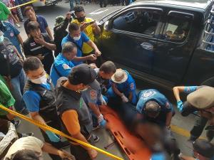 พ่อค้าผักตลาดราชบุรี ถูกลูกน้องยิงดับกลางตลาดต่อหน้าเมีคาดปมหึงหวง
