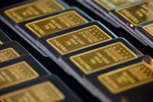 หุ้นสหรัฐฯ บวก-น้ำมันขึ้นจากความหวังแพกเกจเยียวยาโควิด-ทองคำร่วงเกือบ $25