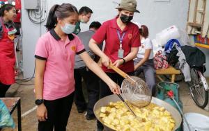 ธารน้ำใจ...ซีพีเอฟส่งมอบอาหารคุณภาพปลอดภัย ช่วยผู้ประสบภัยน้ำท่วมชาวโคราช
