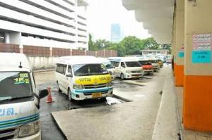 กก.ขนส่งกลางเคาะยืดเวลารถตู้โดยสารครบอายุอีก 1 รอบปีภาษี เยียวยาโควิด