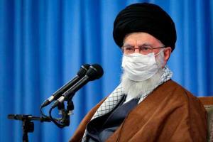 """ผู้นำสูงสุดอิหร่านต้องการ """"บทลงโทษหนัก"""" สำหรับผู้ฝ่าฝืนมาตรการโควิด"""