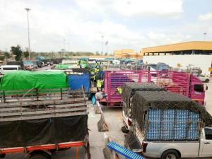 ตรวจแล้วทั้งไทย-พม่ากว่า 10,000 คนไม่พบติดโควิด เตรียมเลิกล็อกดาวน์แม่สอดเที่ยงคืนนี้