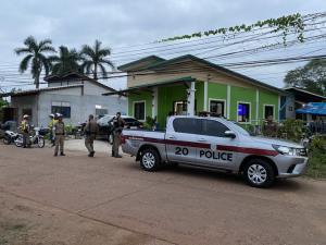ตำรวจเร่งติดตามผู้ต้องหาวิ่งหลบหนีออกจากศาลหนองคายขณะฝากขัง