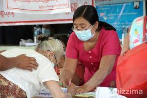 ผู้สูงอายุได้ใช้สิทธิเลือกตั้งล่วงหน้า พม่าเปิดคูหาพิเศษช่วงโควิด