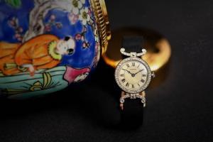 """""""มร.แฮรี่ เฟน"""" ผู้ที่ถูกขนานนามว่า  เป็นผู้รอบรู้เรื่อง จิวเวลรี-นาฬิกา คาร์เทียร์ ดีที่สุด"""