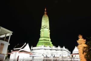 MEA ตกแต่งไฟประดับโบราณสถาน สืบสานประเพณีไทยวันลอยกระทง