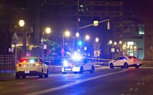 ขวัญผวา! เกิดเหตุฆ่าปาดคออีก  คราวนี้ตาย 2 ศพ เจ็บอีก 5 ในคืนฮาโลวีนที่เมืองควิเบก  ตำรวจแคนาดาระบุคนร้ายแต่งกายแบบยุคกลาง และใช้ดาบเป็นอาวุธ