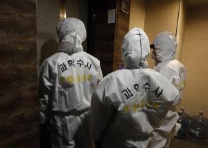 ดาราตลกเกาหลีเสียชีวิตในบ้านพร้อมคุณแม่! ตำรวจสันนิษฐานฆ่าตัวตาย