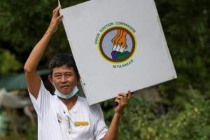 กกต.พม่าเผยบัตรเลือกตั้งล่วงหน้าในประเทศ-ตปท. ถึงมือแล้วกว่า 3 ล้านใบ