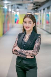 นางสาววาสนา อินทะแสง ประธานกรรมการบริหาร บริษัท รีโว่เมด ประเทศไทย จำกัด