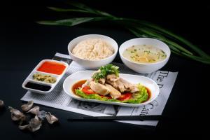"""ดื่มด่ำมื้ออร่อยเหมือนได้ไปกินที่สิงคโปร์ที่ร้าน """"Plate"""" โรงแรม คาร์ลตัน กรุงเทพฯ สุขุมวิท"""